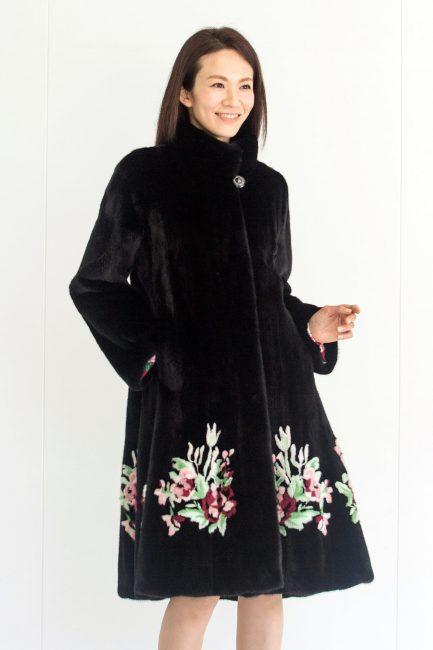 [:en]Embroidered Mink Coat[:ja]刺繍入り・コート[:]